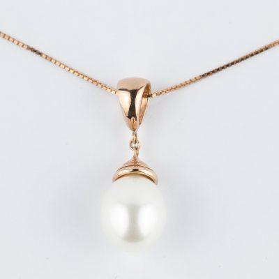 Ciondolo oro rosa 18kt con perla fresh water a goccia